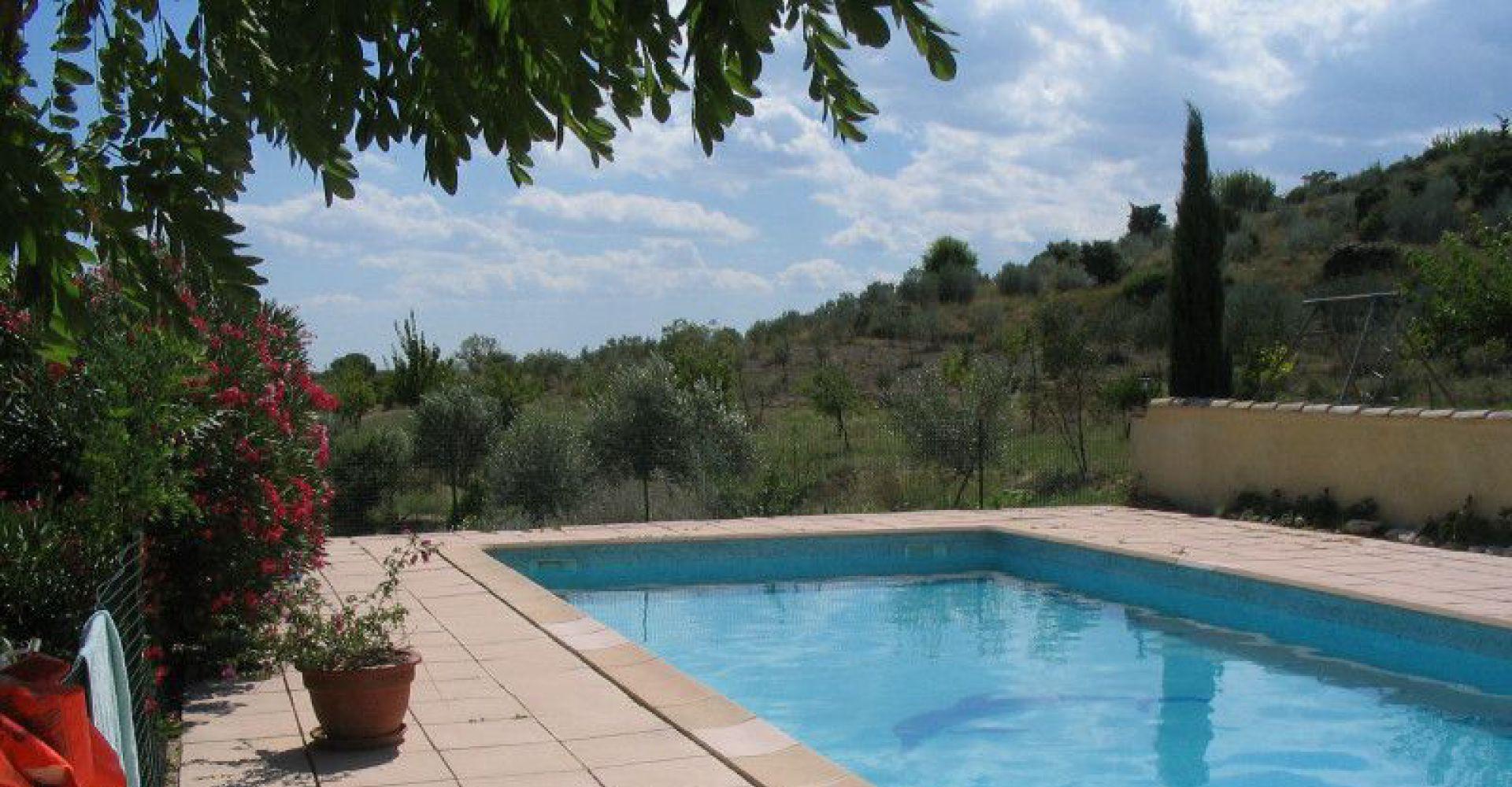 Grande piscine s curis e toute proche des h bergements for Piscine le pontet
